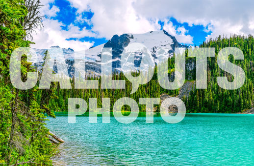Joffre Lake with forest and glacier background 01